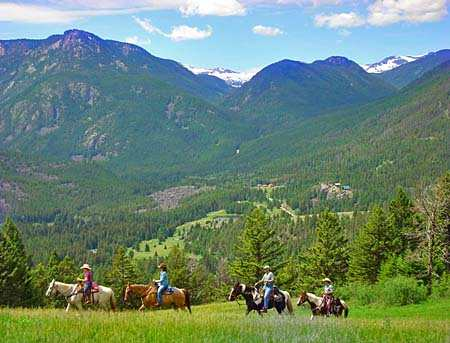 photo of horseback riding in montana