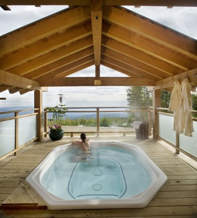 photo of coastal trek hot tub